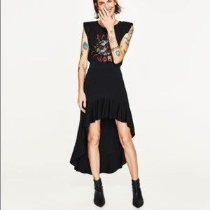 Black Zara size small asymmetric hem skirt